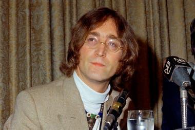 John Lennon cumpliría 80 años este viernes 9 de octubre. Fue uno de los músicos más importantes de la segunda mitad del siglo XX, con The Beatles y, luego, en su prolífica carrera solista y en compañía de su amada Yoko Ono