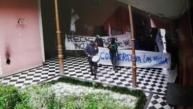 La protesta dentro de la municipalidad de Junín. Foto: municipalidad de Junín