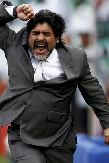 La reacción de Diego Maradona, en el partido ante Nigeria, en el Mundial de Sudáfrica; así vivía los partidos como entrenador