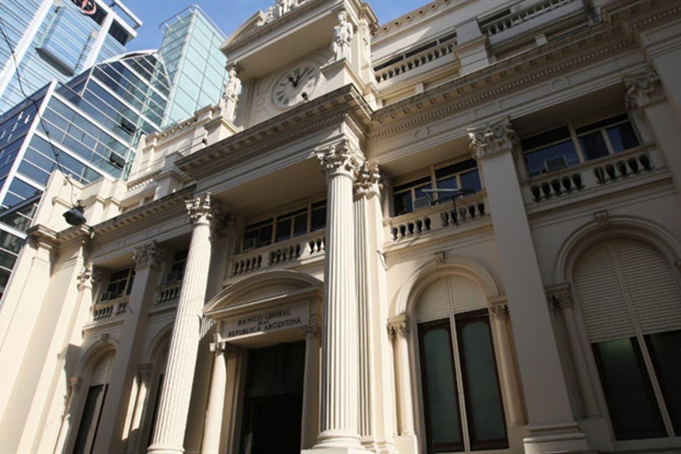 Récord del riesgo país en Argentina tras el 'default selectivo' de Standar & Poor's