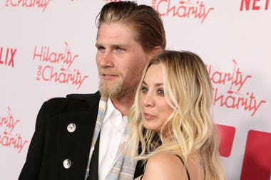 Kaley Cuoco y su actual marido, Karl Cook