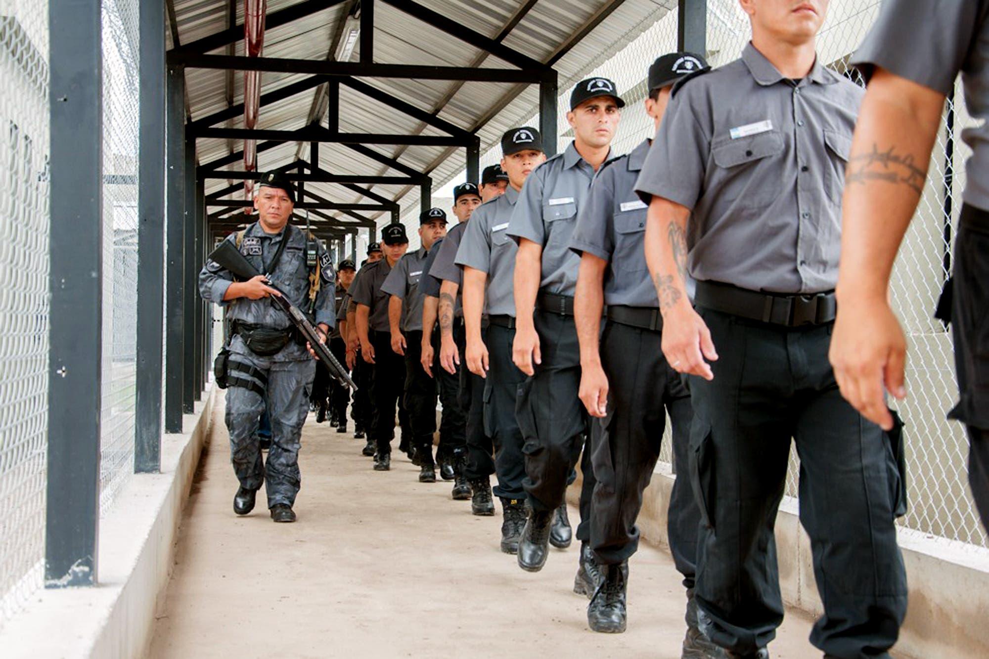 Especializan a penitenciarios que trabajarán en una cárcel modelo para jóvenes adultos