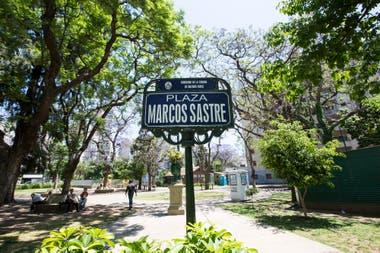 La plaza Marcos Sastre, en Belgrano, está construida sobre el segundo cementerio del barrio
