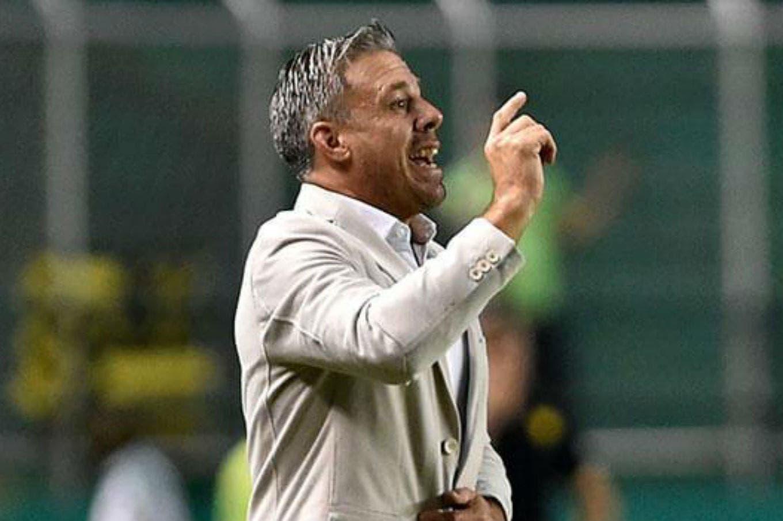 Lucas Pusineri, el nuevo DT de Independiente: un entrenador inexperto para enderezar el rumbo