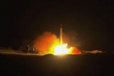 Ayer Irán atacó dos bases con tropas de Estados Unidos en Irak