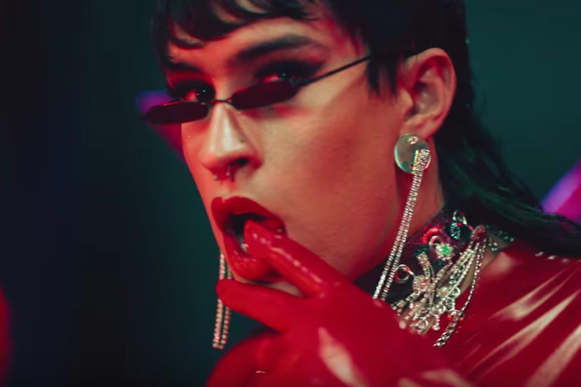 Bad Bunny, feminista y drag: su nuevo video revoluciona el reggaeton