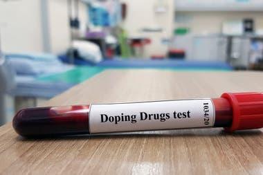 La CNAD envía las muestras a España; algunas sustancias, como la sangre, sirven durante 35 horas, por ello se requiere precisa coordinación en el traslado.