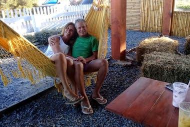 Edgardo Garay y su pareja prevén que viajarán a Mar Azul este verano