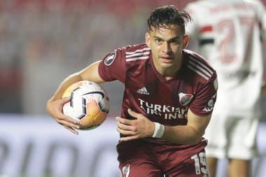 Rafael Borré consiguió el 1-1 parcial de River en San Pablo, rumbo al 2-2 final; la película luce mejor que la fotografía en la zona D para el conjunto millonario.