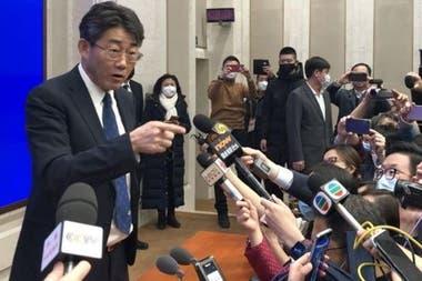 Gao descartó una vacunación masiva dada la situación del coronavirus en China