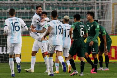 Celebra Argentina, sufre Bolivia. La selección ganó sus dos primeros partidos en el camino a Qatar.