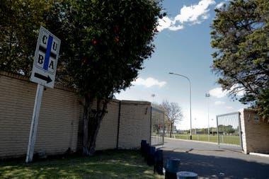 El frente del club Universitario Buenos Aires (CUBA), que en octubre recibió una intimación para desalojar los terrenos