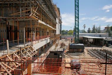 El edificio se encuentra en plena ejecución y la obra ya avanzó más del 60