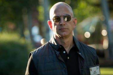 Jeff Bezos está a punto de destronar a la dinastía familiar de los Walton