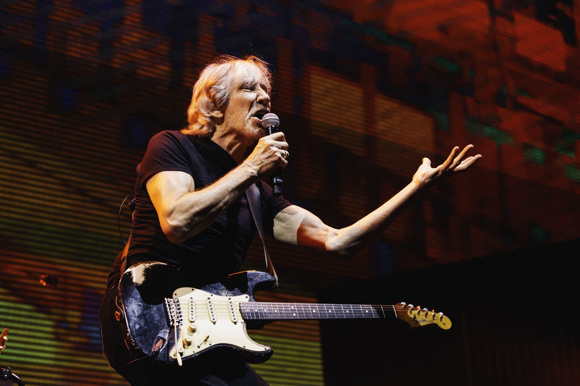 Durante un show en San Pablo, Roger Waters criticó duramente a Jair Bolsonaro
