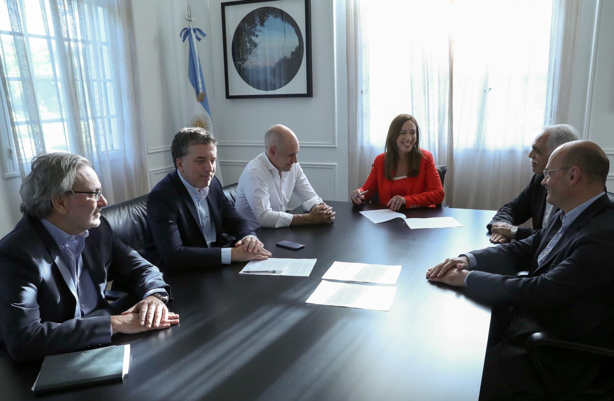 El Gobierno transfirió Edenor y Edesur a Vidal y Rodríguez Larreta