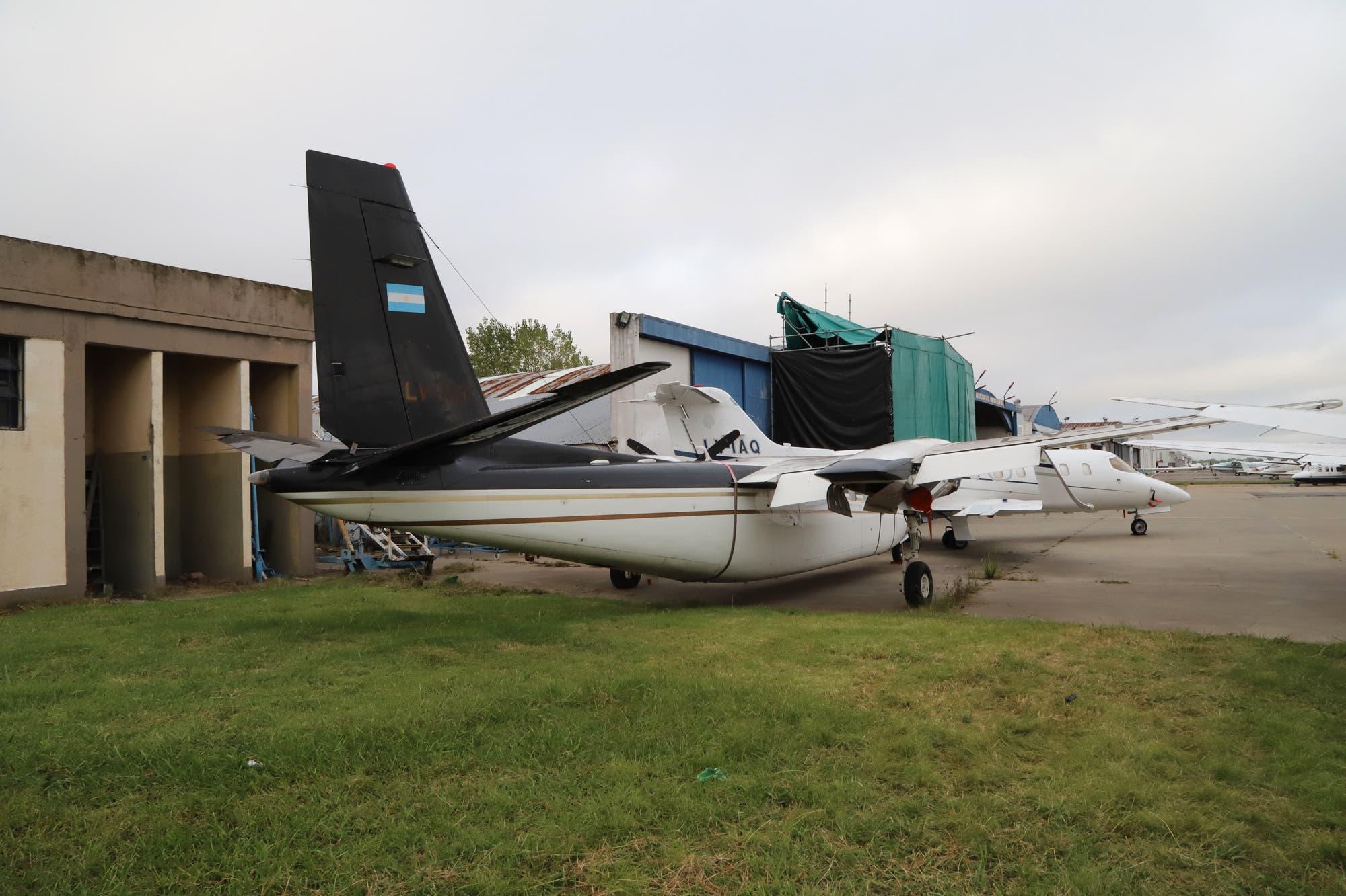 Confirman la subasta de dos aviones de la empresa de Lázaro Báez