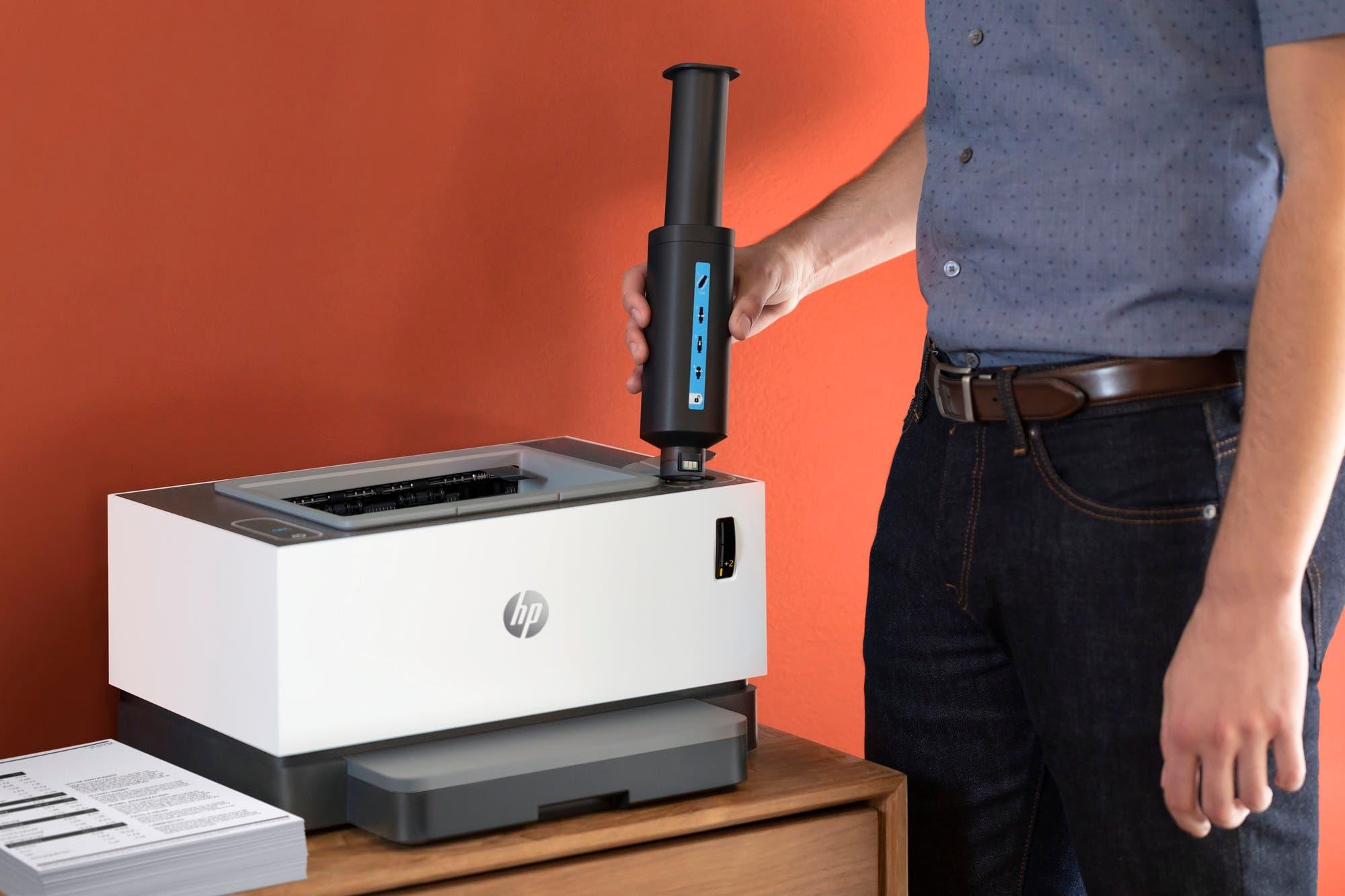 HP NeverStop Laser, la impresora a la que se le cambia el tóner en 15 segundos