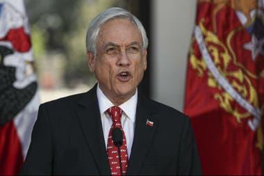 Para paliar el daño por coronavirus, Piñera hizo fuerte inyección de dinero en la economía chilena
