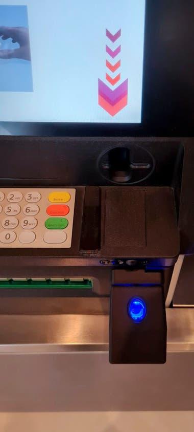 La utilización de la huella dactilar es posible porque Argentina cuenta con una base de datos biométricos centralizada y es administrada por el Registro Nacional de las Personas (Renaper), señaló el Banco Central