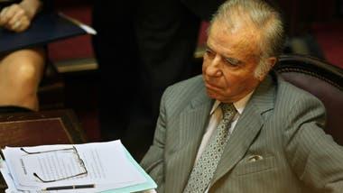 Carlos Menem percibe su pensión y renunció a su dieta