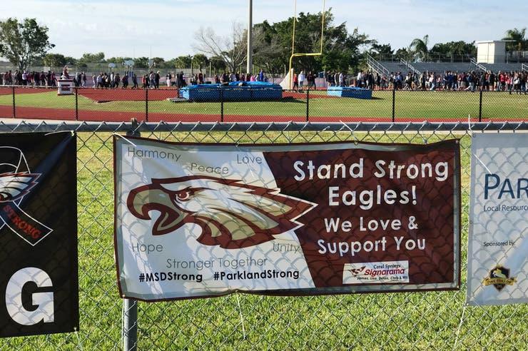 Tiroteo en EE.UU.: a un mes de la masacre, los estudiantes vuelven a marchar contra las armas
