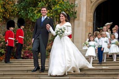 1b207c570 La hija del príncipe Andrés y Sarah Ferguson se casó con Jack Brooksbank y  fue la