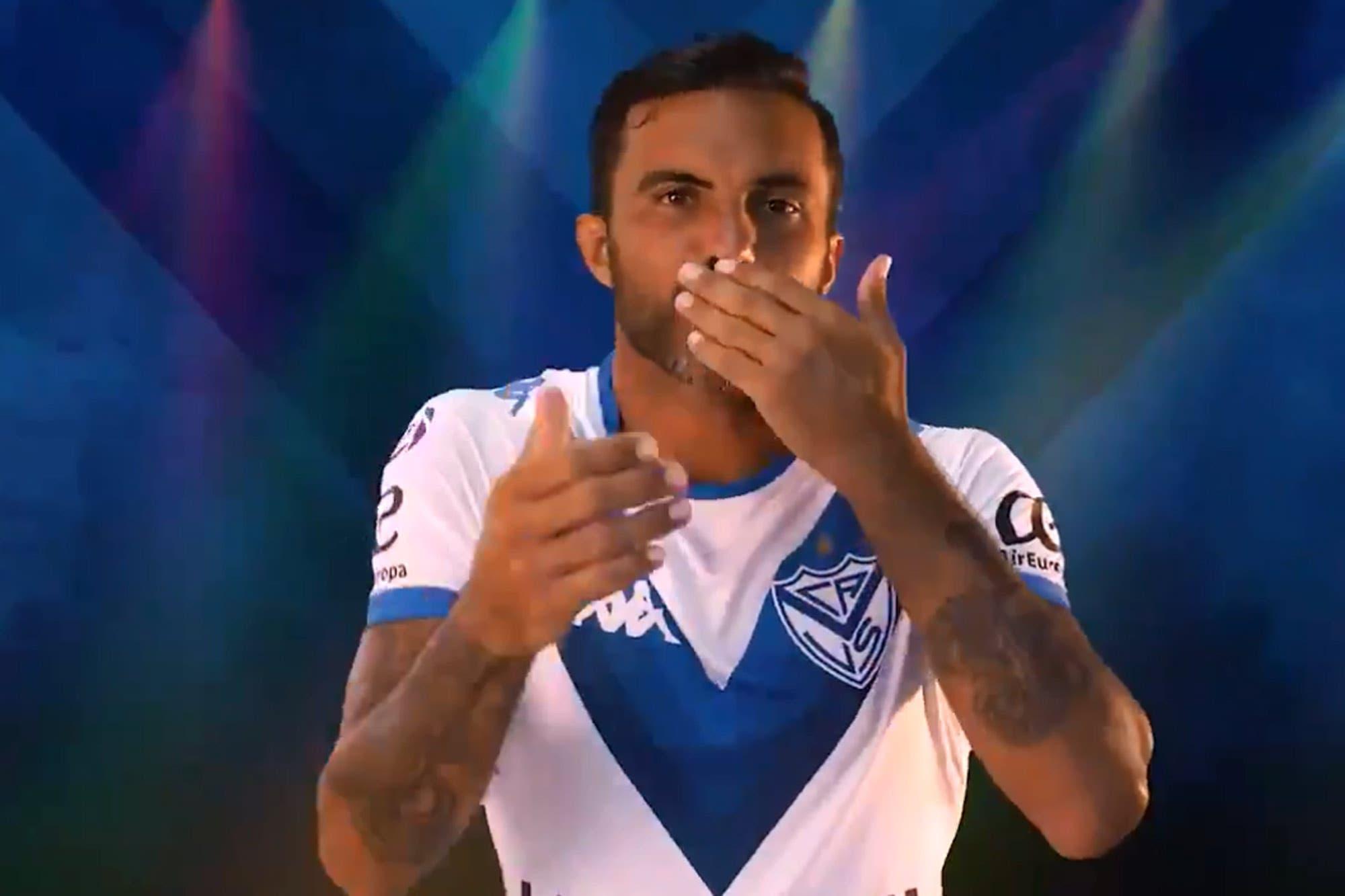 """""""¿Qué quiere la Chola?"""" la simpática cábala de Vélez que se hizo baile con los futbolistas"""