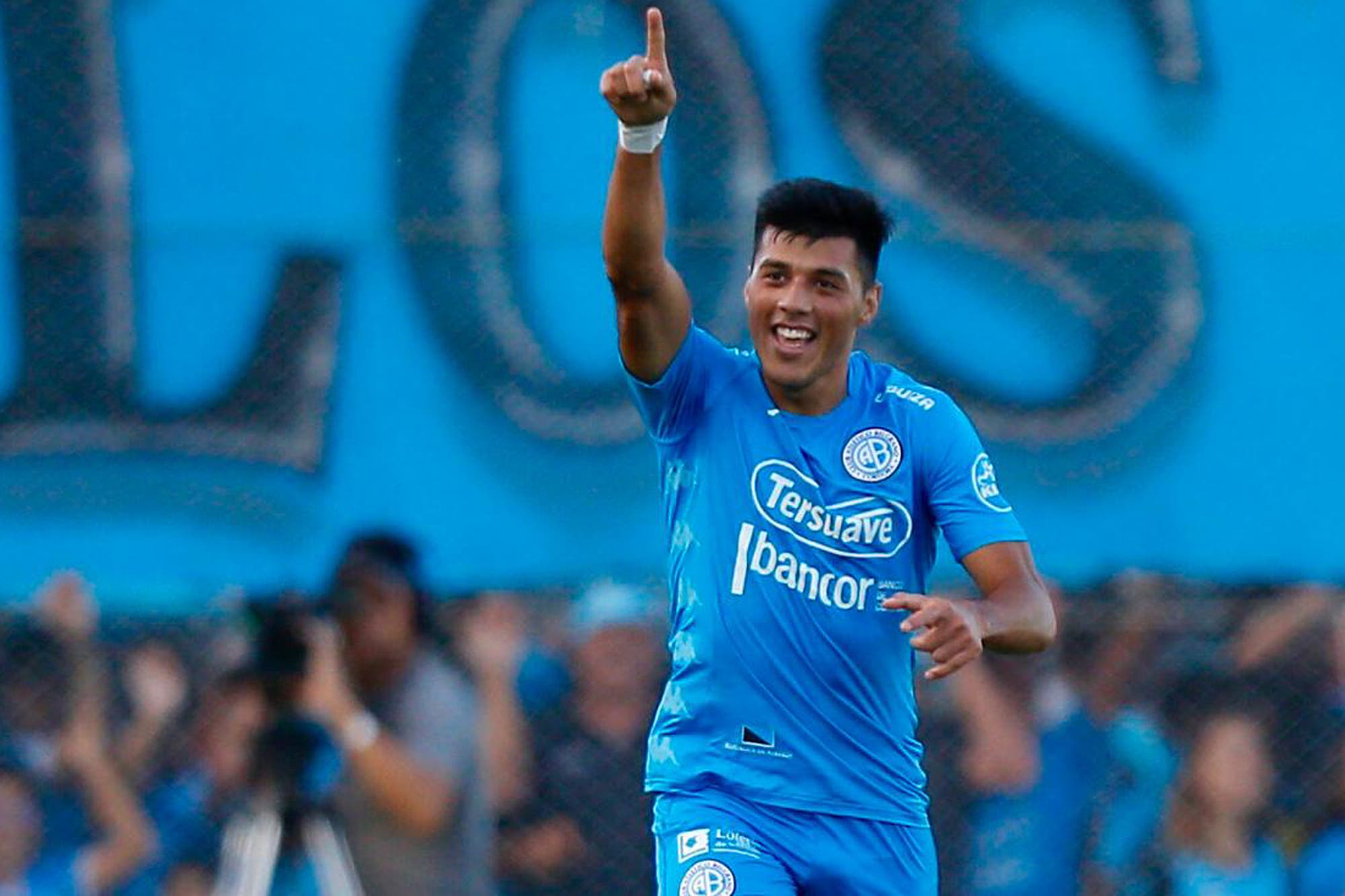 Belgrano le dio un gusto a su gente: venció 3 a 2 a Lanús como local