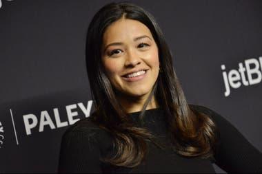 Gina Rodriguez La Actriz Que Vive Con Una Enfermedad Que