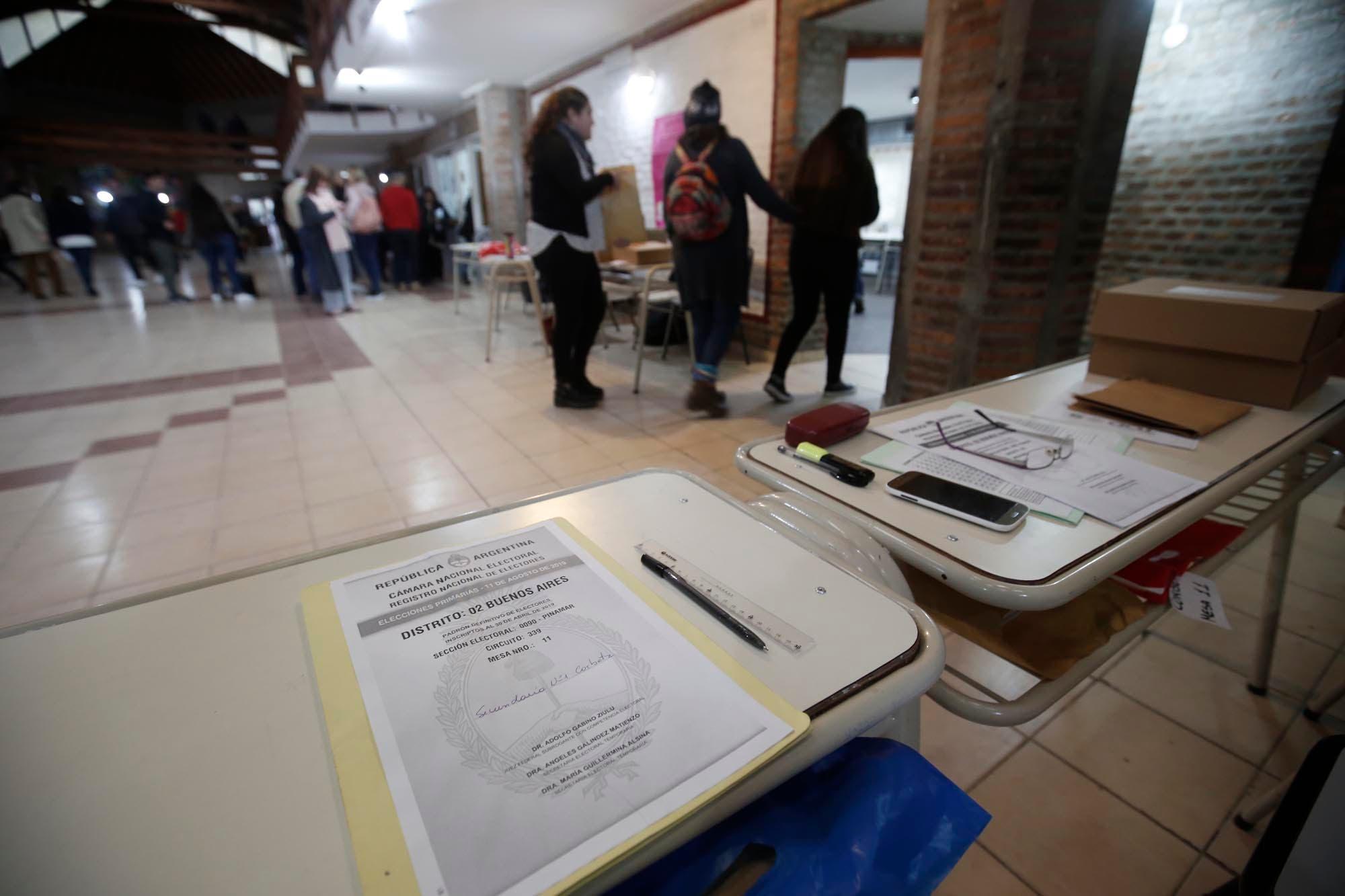 Diputados de Juntos por el Cambio proponen implementar la boleta única de manera excepcional por la pandemia