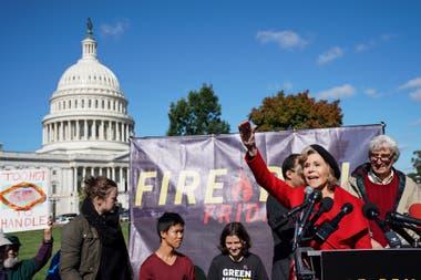 Jane Fonda en Washington, en medio de las protestas frente a la biblioteca del Congreso