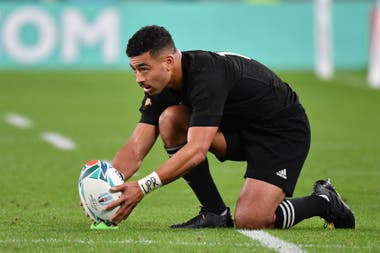 Richie Mo´unga, figura destacada en los All Blacks
