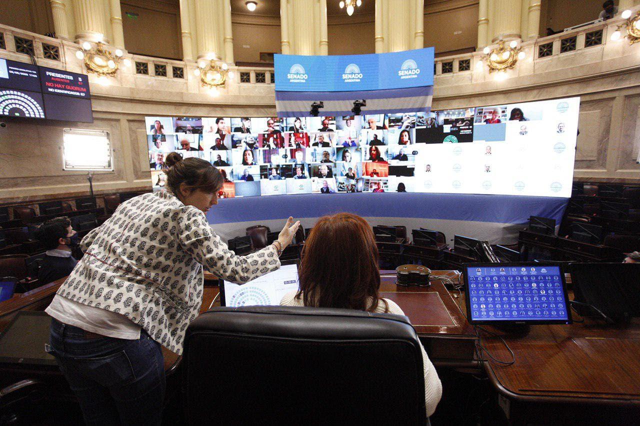 Coronavirus en la Argentina: bajo la supervisión de Cristina Kirchner, el Senado superó sin fallas un simulacro de sesión virtual