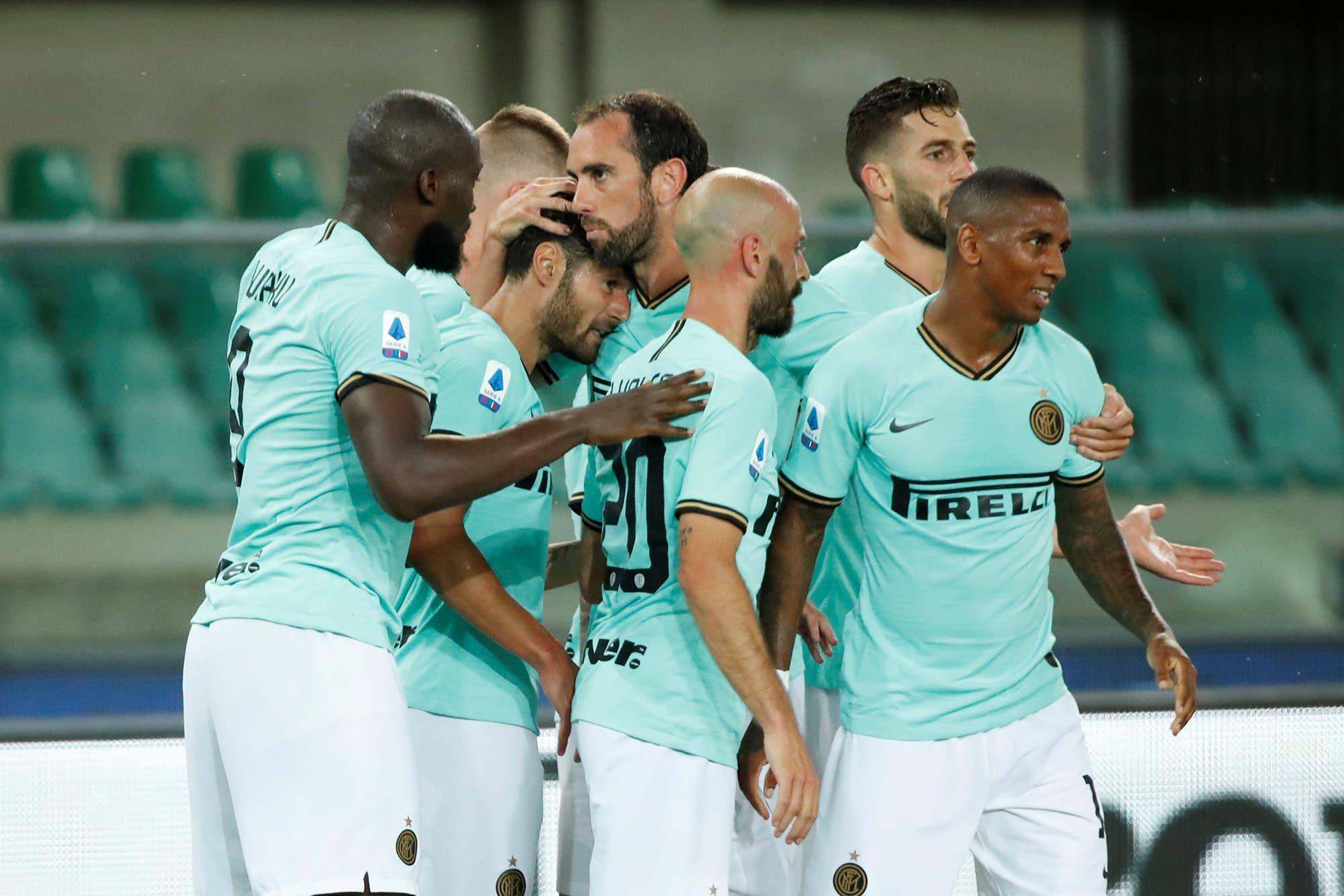 A Inter se le escapó otra vez en el final: empató con Hellas Verona y quedó a 10 puntos del puntero Juventus en la Serie A