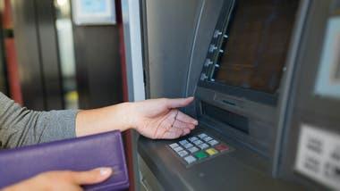 Se podrán realizar operaciones bancarias en estaciones de