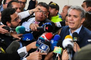 Iván Duque, el canidato de Uribe, hoy después de votar
