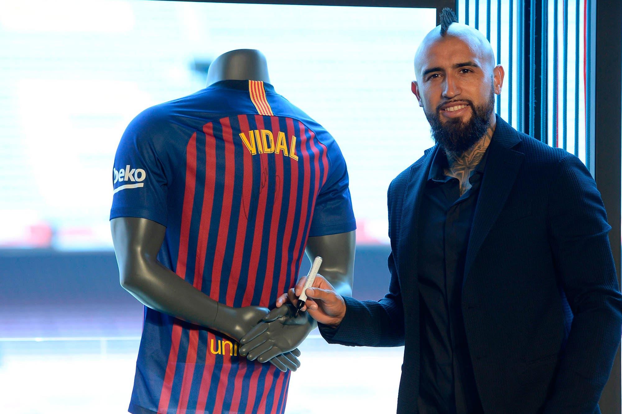 """El primer día de Arturo Vidal en Barcelona: """"Estoy muy feliz de estar en el mejor equipo del mundo"""""""