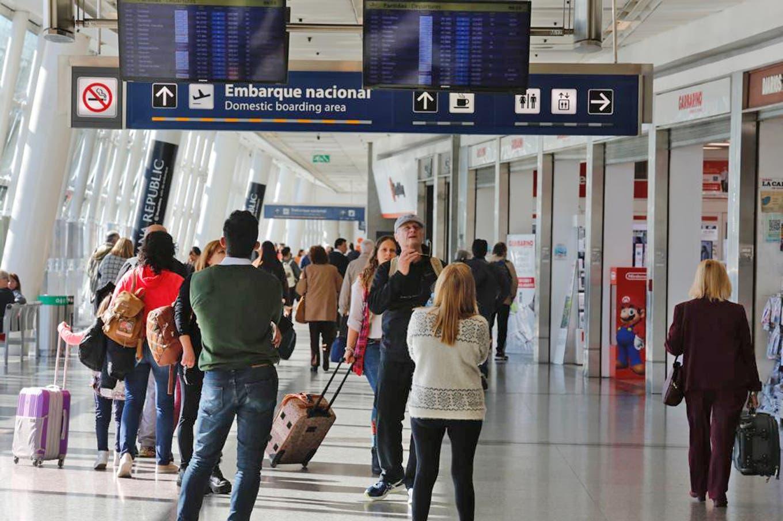 Coronavirus: el Gobierno ratifica que planea el regreso de algunos vuelos para principios de octubre