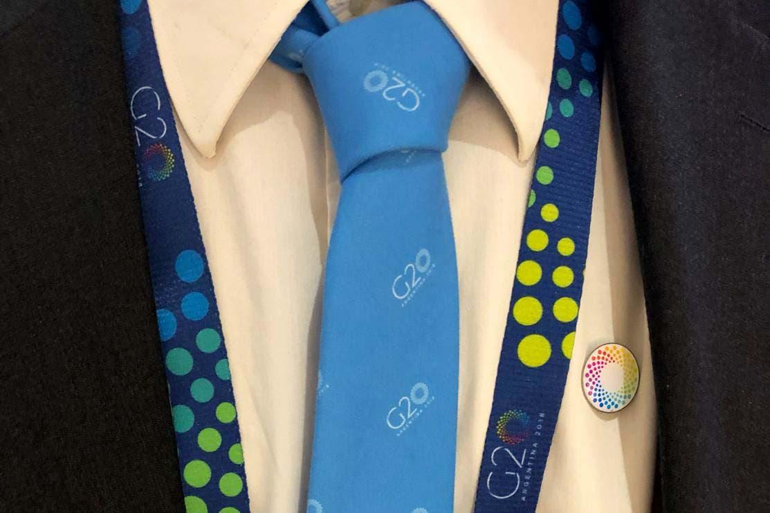 Los gastos millonarios del G20: pelotas de fútbol, corbatas, botellas térmicas y bombillas
