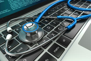 Una investigación de Financial Times revela que cientos de webs comparten datos sobre síntomas y medicamentos con Google o Facebook