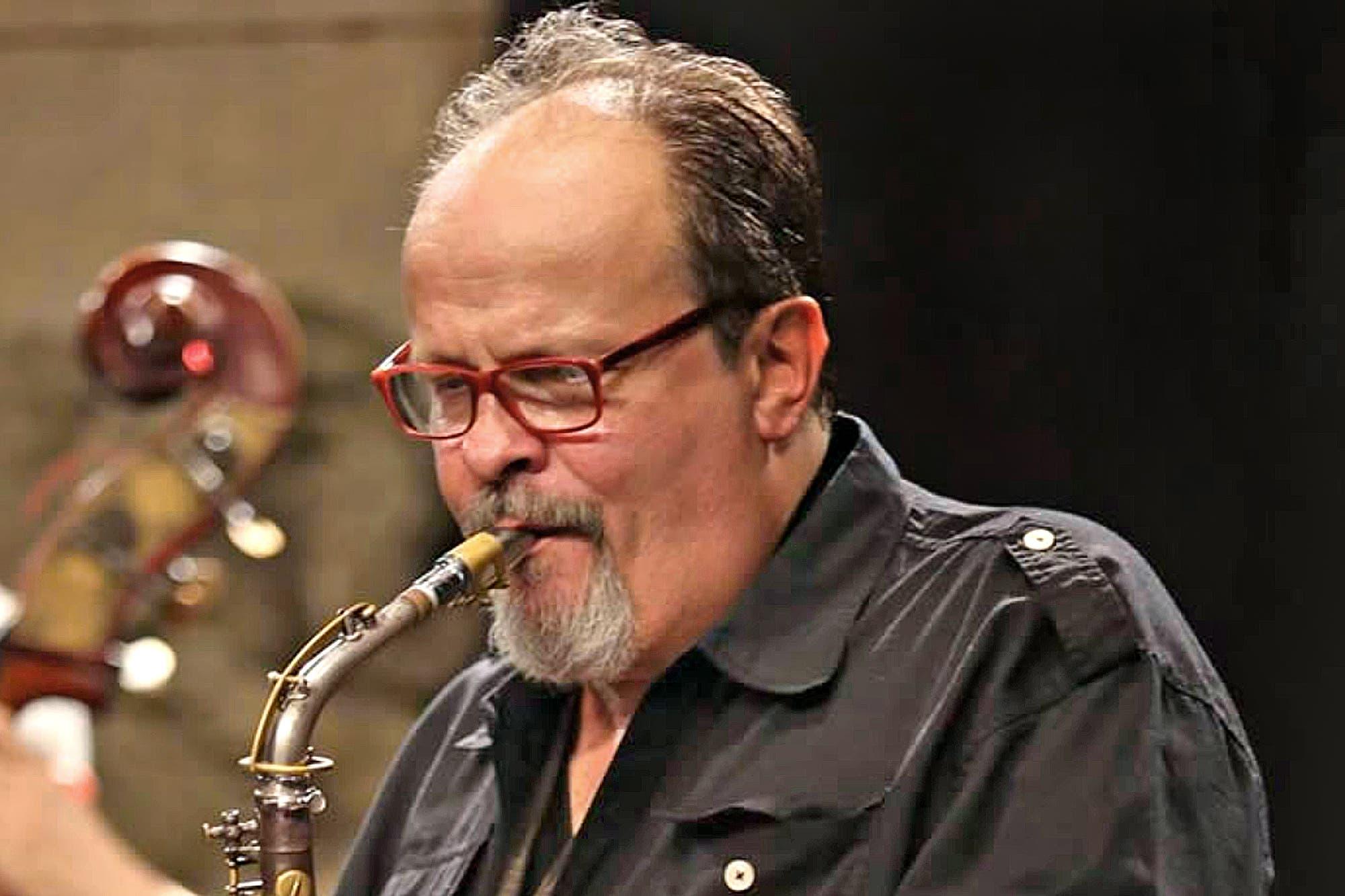 Coronavirus. Murió en Madrid el saxofonista argentino Marcelo Peralta