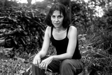 Con sus impulsos artísticos y su forma de practicar la libertad y la independencia en el rock, el cine y la literatura, Rosario Bléfari marcó a más de una generación y despertó una despedida sin precedentes. Este jueves se cumple un mes de su muerte