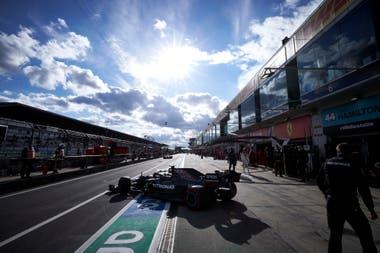 Valtteri Bottas se prepara para el GP Eifel en Nürburgring