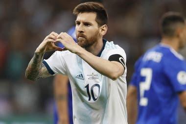 Messi grita su gol ante Paraguay en la Copa América 2019