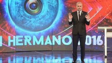 Jorge Rial conduciendo Gran Hermano
