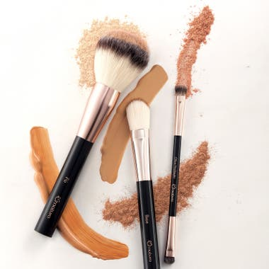 La textura del producto y la técnica con que se maquilla determinan cuál es el mejor aplicador