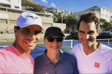 Tres genios, dos de ellos, tenísticos: Rafa Nadal y Roger Federer junto con Bill Gates