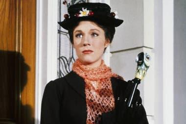 Julie Andrews sufrió una operación fallida que la hizo perder su voz