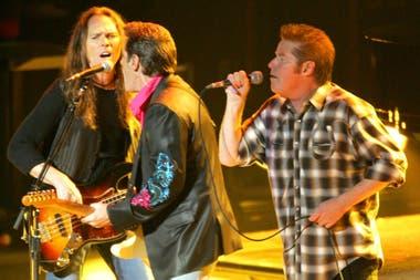 Timothy B. Schmit, Glenn Frey y Don Henley de The Eagles en un show realizado en 2004
